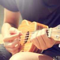 10 Reasons That Playing The Ukulele Will Help You Find Love